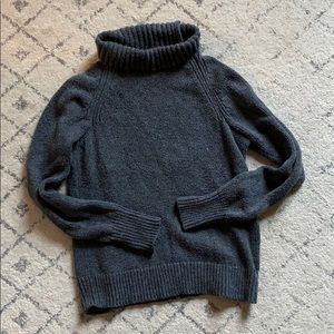 Old navy charcoal slouchy turtleneck sweater small